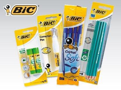 Długopis, ołówek, klej lub korektor